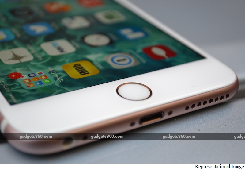 iPhone SE Retail Box Allegedly Leaked, Tips 16GB Storage and 'SE' Branding