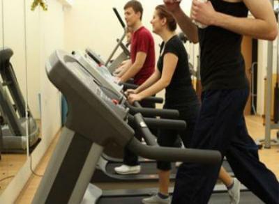 Virtual reality, treadmill training may prevent falls in elderly