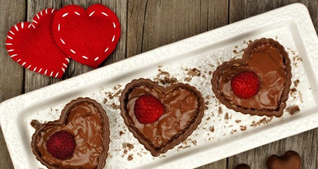 Benefits of Eating Chocolate: Why It is the Best Gift for Your Valentine