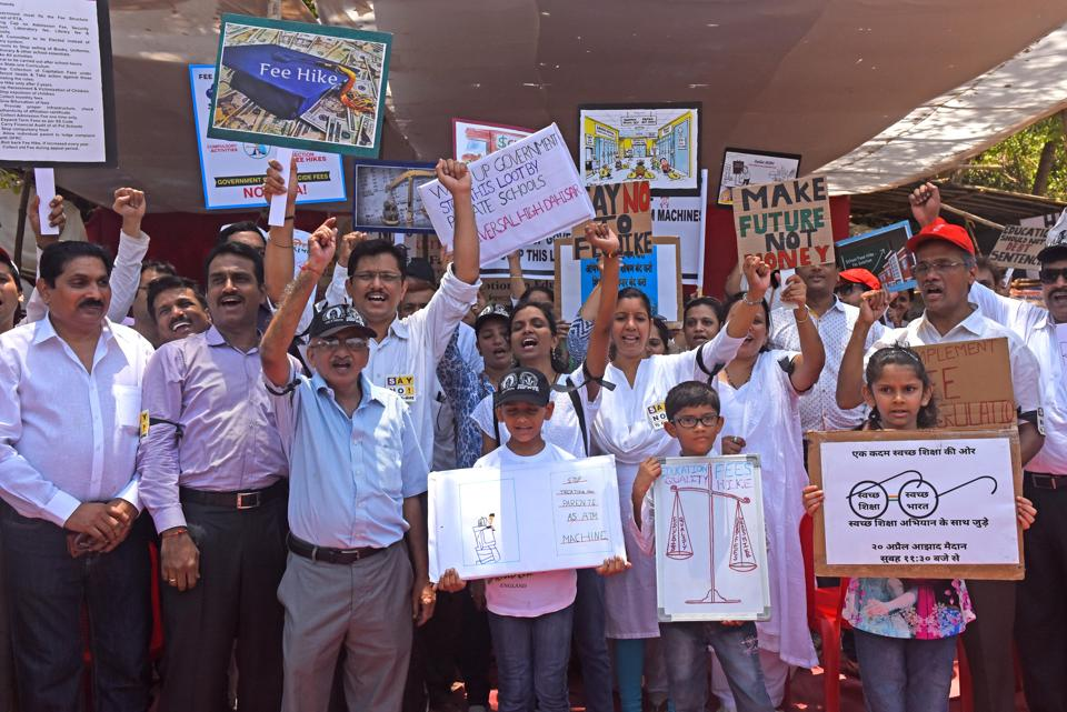 3,800 Mumbai parents protest against fee hike, write to CM demanding refund
