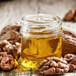 5 Incredible Benefits of Walnut Oil for Health and Beauty
