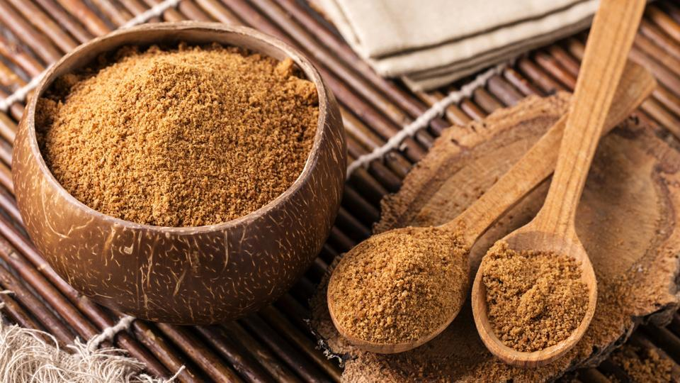 Want to cut down on sugar in your diet? Replace it with these 4 natural sweeteners