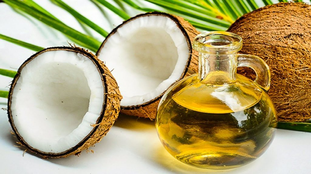 Why Coconut Oil Might Not Be The Superfood That It's Thought To Be!