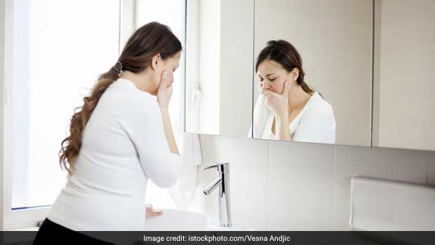 5 Ayurvedic Home Remedies For Nausea and Vomiting