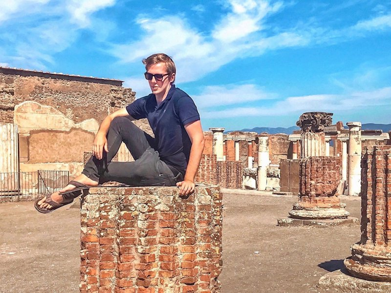 Travel blogger apologizes for clambering onto Pompeii columns for photo