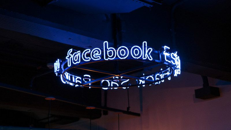 Facebook to Invest $1 Billion in First Asian Data Centre in Singapore
