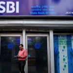 SBI warns customers about fraudsters and fake social media accounts