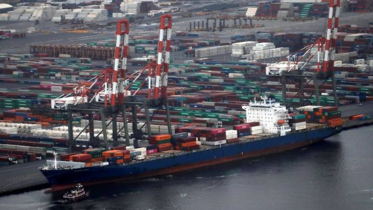 Investment in 17 entities under shipping ministry hiked to Rs 5,778 crore for FY'20
